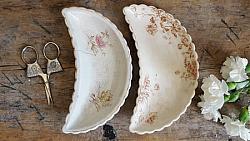 Pair of Pretty Bone Dishes