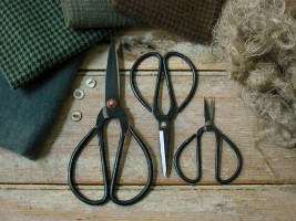 Old Fashioned Scissors
