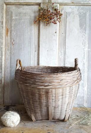 Nice Old Basket***