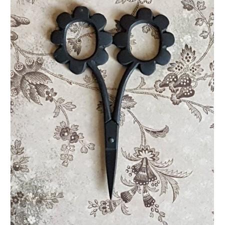 Daisy Scissors