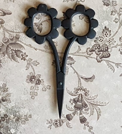 Daisy Scissors